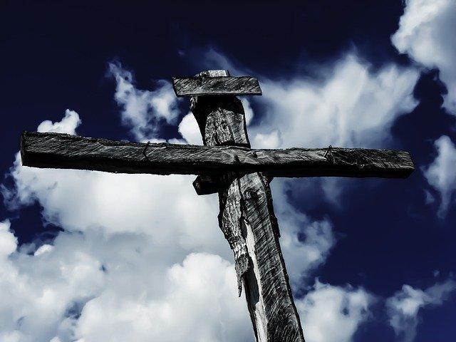 Por que muitas pessoas rejeitam o sacrifício de Cristo na Cruz?