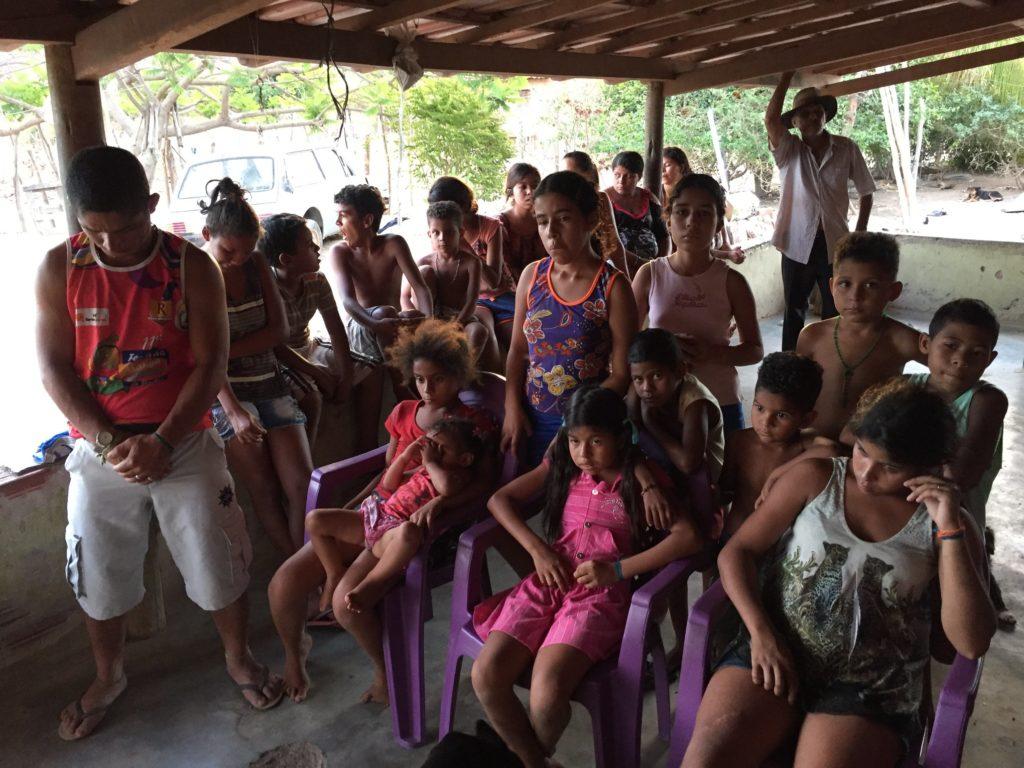 Trabalho com os carentes 1024x768 - Missão - Vale do Jequitinhonha | Dia das Crianças | Ano 2017