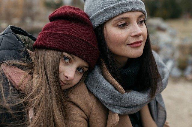 Mensagem de Deus Para os Filhos - Imagem de Mãe e filha juntas