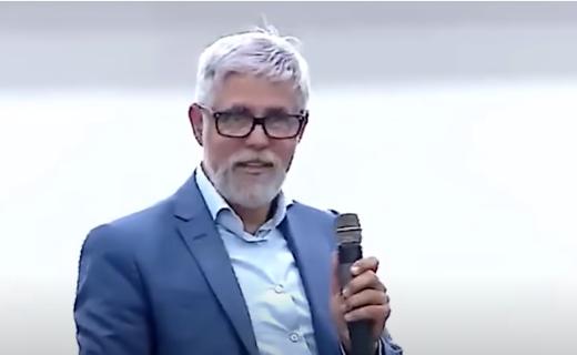 Não arrume muletas para justificar seus fracassos - Pastor Claudio Duarte
